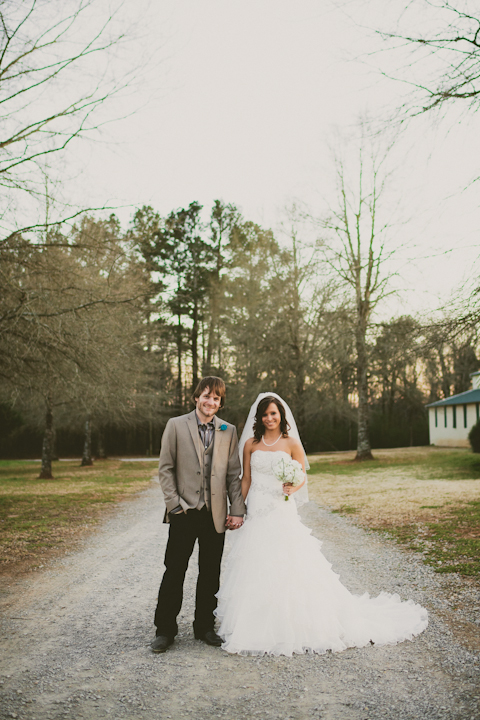 Alabama DIY Wedding // MICHELLEMARIEPHOTOGRAPHY.COM