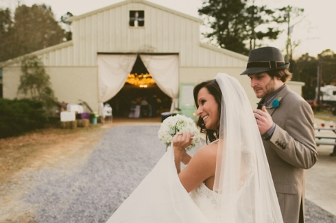 Alabama Barn Wedding // MICHELLEMARIEPHOTOGRAPHY.COM